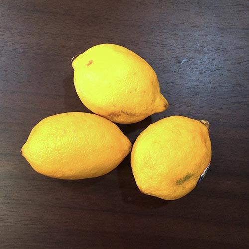 4. 波多黎各 檸檬醒酒,但不是用來吃的,而是用來擦在腋窩。