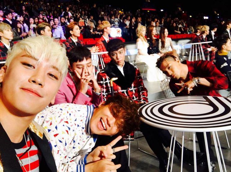 等等!是在說我們都認識的 BIGBANG 嗎?他們是女團?