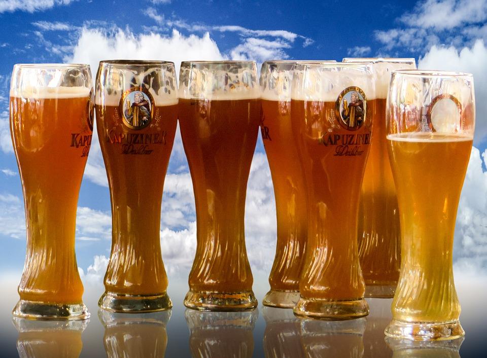 10. 荷蘭 荷蘭人是釀製酒品愛好者,所以當地人用來醒酒的方法也是繼續喝啤酒XDDD