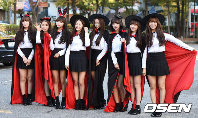 ◆ Oh My Girl  Oh My Girl 是 WM Entertainment 在 2015 年推出的女子團體。