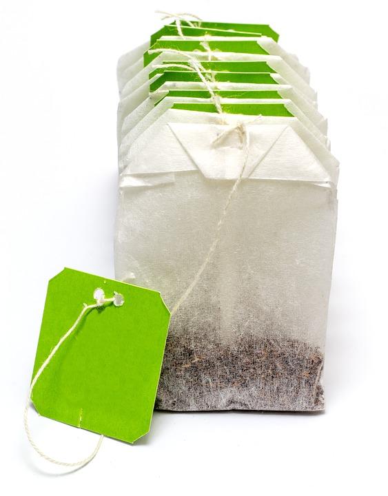 皮膚粗糙的話,在泡澡的時候加入一包綠茶包,保證一個月後還你光滑肌!