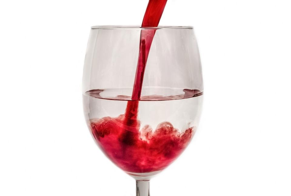 葡萄酒中的酒精成分有助於放鬆僵硬的肌肉,尤其適合劇烈運動後!