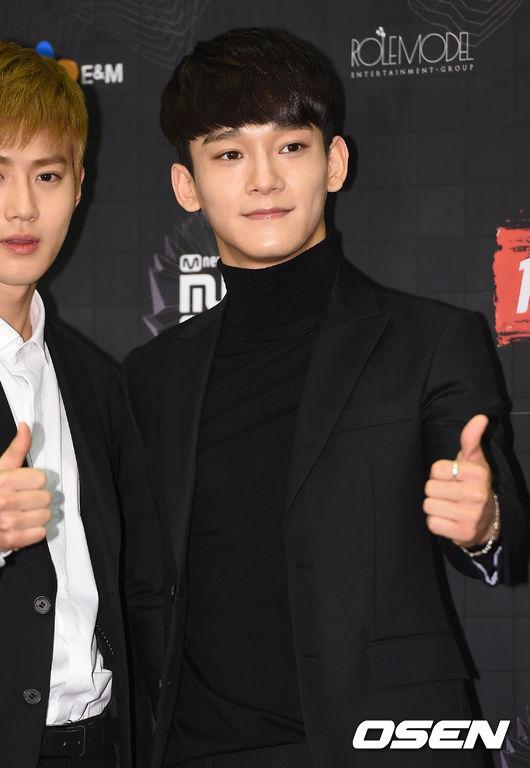 不只這樣,11日更將與Chen共同擔任前輩SUPER JUNIOR厲旭KISS THE RADIO的1日DJ