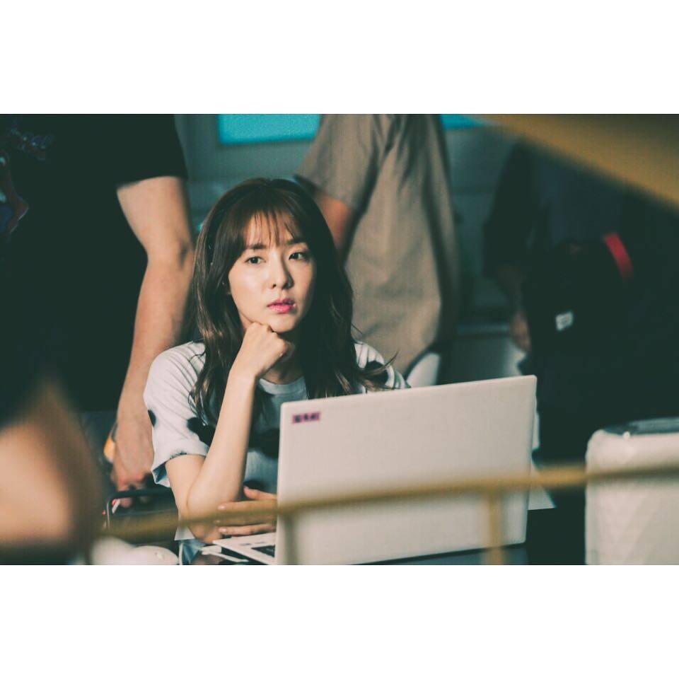 TOP 1. 2NE1 Dara