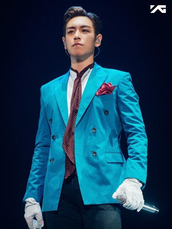 ♥ BIGBANG T.O.P  崔勝鉉當然會出現在榜單上啊!大家不覺得他是個個性有點木訥,但又會默默為公主付出的那種王子嗎>///<?