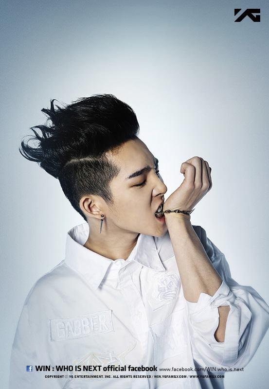 南太鉉還沒出道的時候公開的宣傳照,大家本來覺得他很像GD....