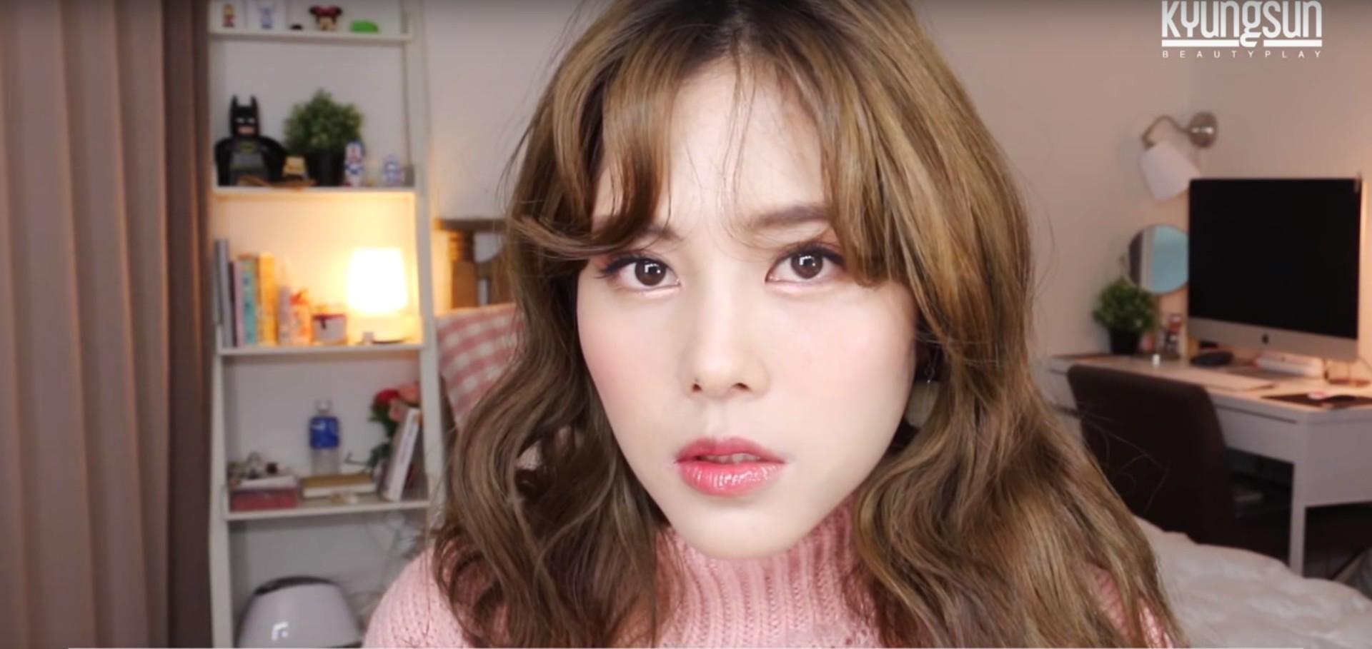 Kyung Sun的彩妝教學包含很多內容,以場合區分適合的妝、最熱門的新品介紹都有,偽少女覺得她的眼妝畫得真的很美欸,可以偷偷學起來。