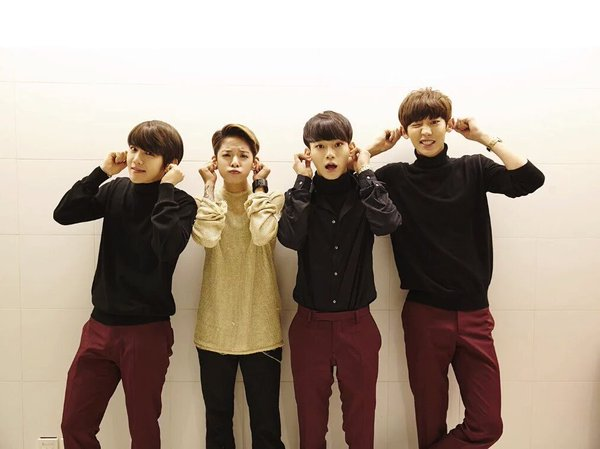 先給你們一個提示~~~ 這次是 SM 娛樂的 92 Line ♥♥♥