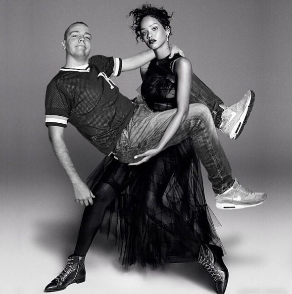 Rihanna力氣很大,哥感受過的:-D
