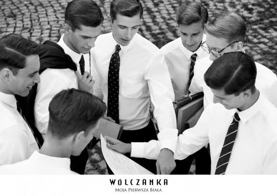 男生女生共同的渴望....☞那就是白色襯衫♥ 男生穿上的話,瞬間化身性感的「工作男」,