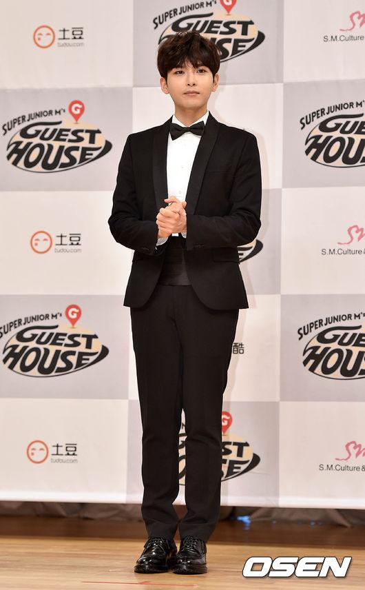 同樣上榜的還有Super Junior的厲旭!減去青春期的肥胖,厲旭現在也是剛剛好的身材!
