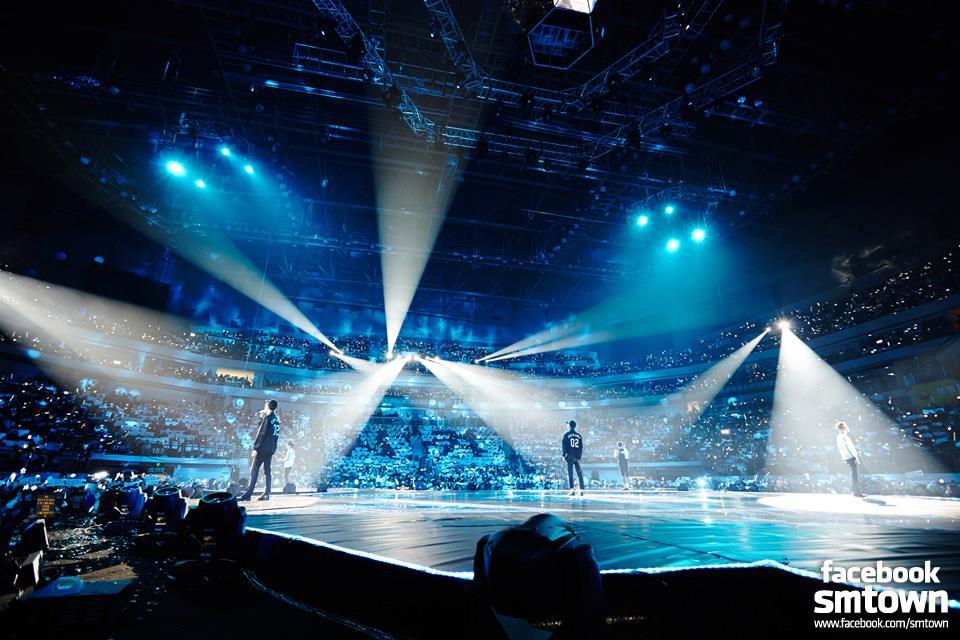 往後也像現在一樣努力的前進吧!再次祝賀EXO!
