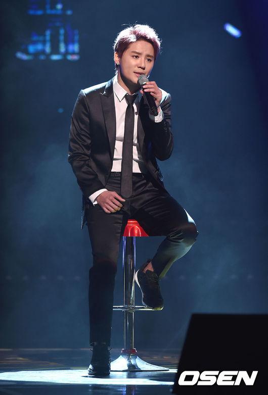 看到主辦單位的回覆後,歌迷又提出了新的質疑點:「如果是以『本賞』為主要的邀請名單,那有入圍的俊秀應該也要被邀請才對,不是嗎?」