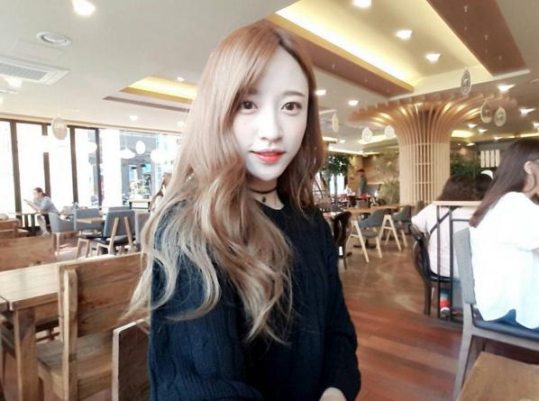 《看起來顯瘦的尖下巴》代表人物:EXID HANI 有發現許多韓國女明星都有尖下巴嗎?圓下巴容易讓人看起來樸實、平凡,而尖下巴看起來不僅有女人味,也是打造時尚顏的重要關鍵。