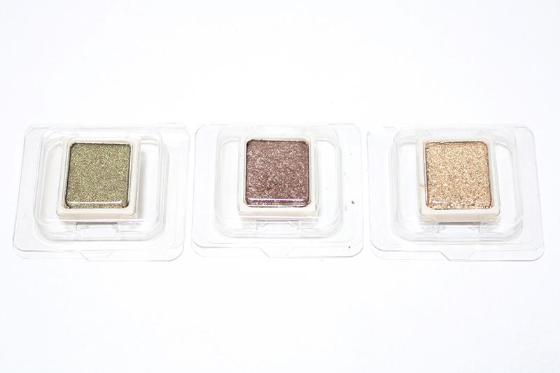 最後跟大家推薦的是Skin Food的My Short Cake Eye Shadow系列 色號從左到右依次是:PEGR02號 , PRG01號 PGD02號