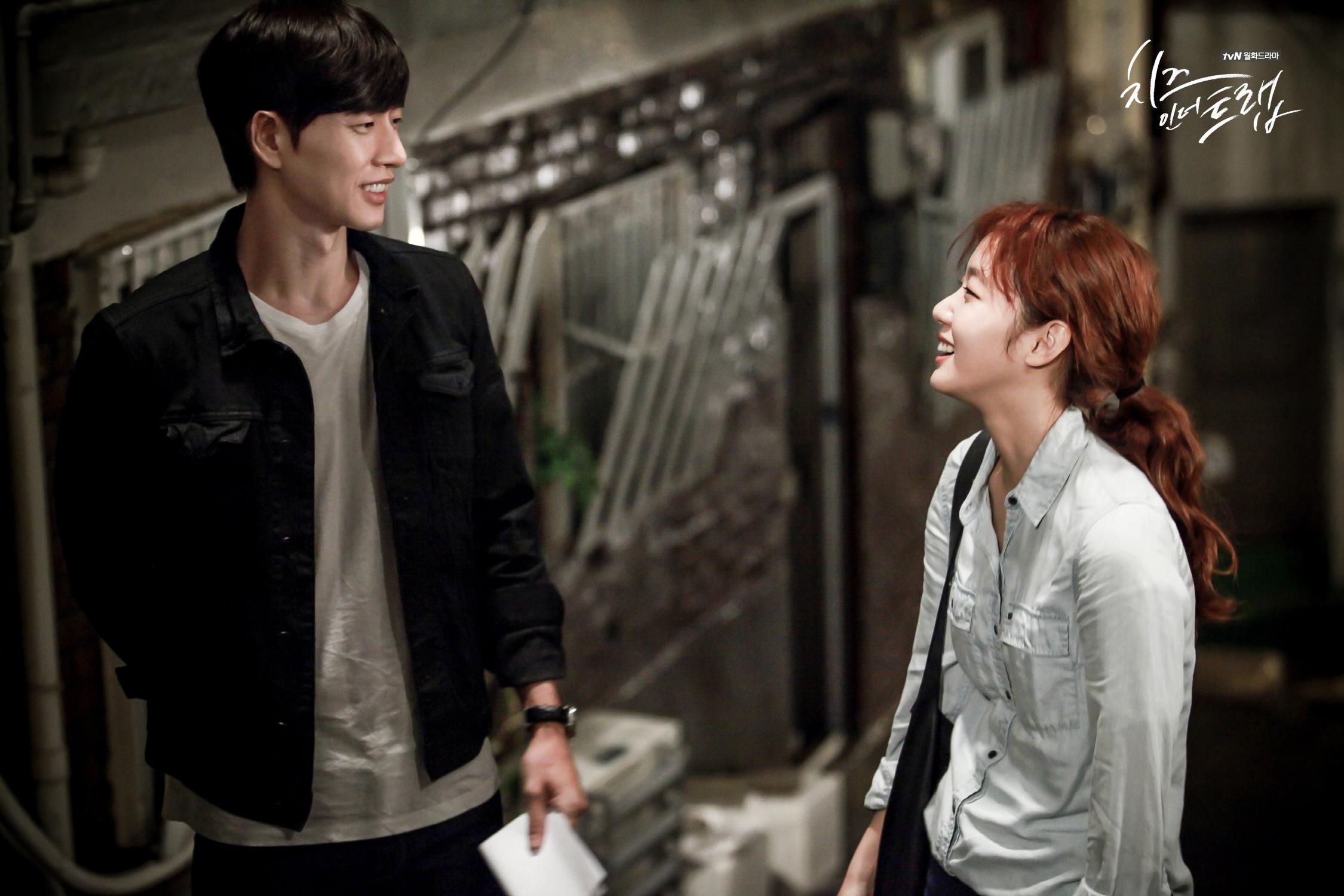 大家有在追tvN今年新月的好戲《捕鼠器裡的奶酪》嗎?