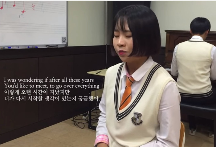 還記得2個月前翻唱後爆紅的韓國女高中生李睿珍嗎?紅到上了美國脫口秀《艾倫愛說笑》,當時PIKI的小編孟彩妍還有專訪她唷~