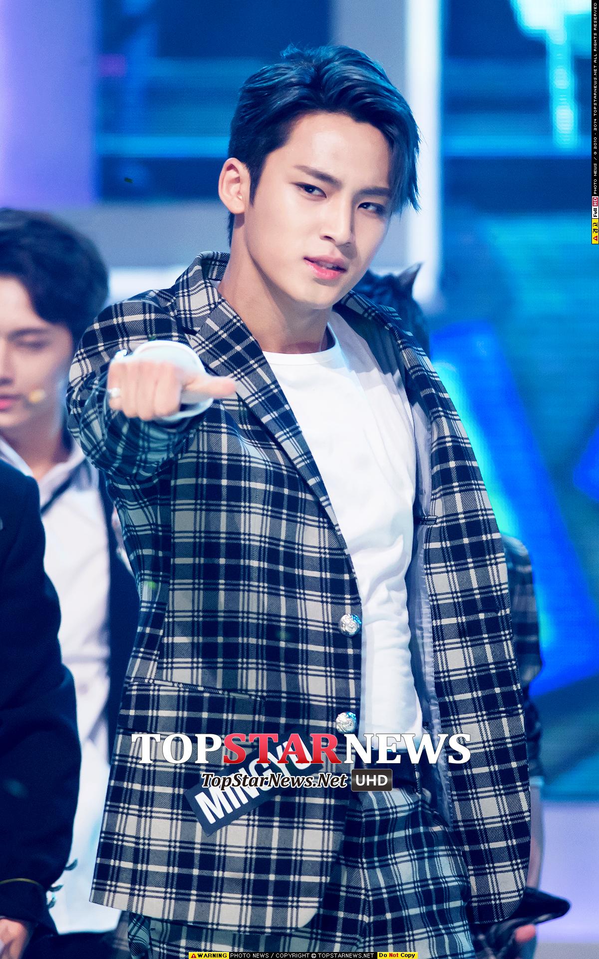►Seventeen 珉奎 -「感覺沒什麼節奏感。」 Seventeen的韓國粉絲整個大怒啊!說什麼沒有節奏感會不會太過分?