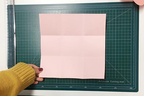#5 第二層就利用22x22(cm)的正方形一樣分成九等份