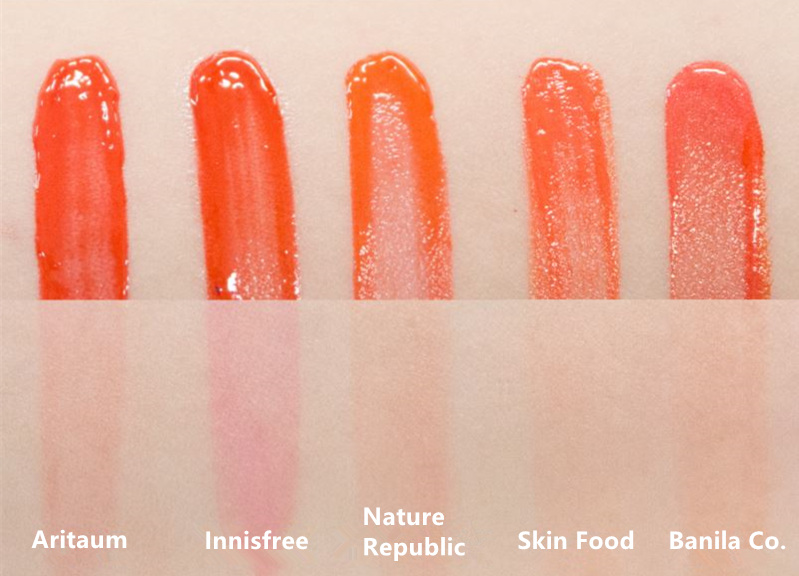 Innisfree的Vivid Tint Rouge明明擦起來就是橘色,但著色之後竟然偏向桃紅色...