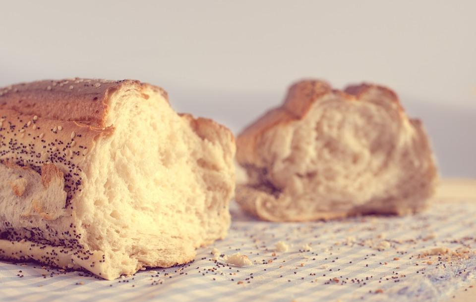 #2. 過分攝取碳水化合物食物/碳水化合物食物吸收速度很快,所以脂肪的吸收也相對快。過分攝取的話,使代謝功能需要的其他養分不足,代謝活動慢慢變少。