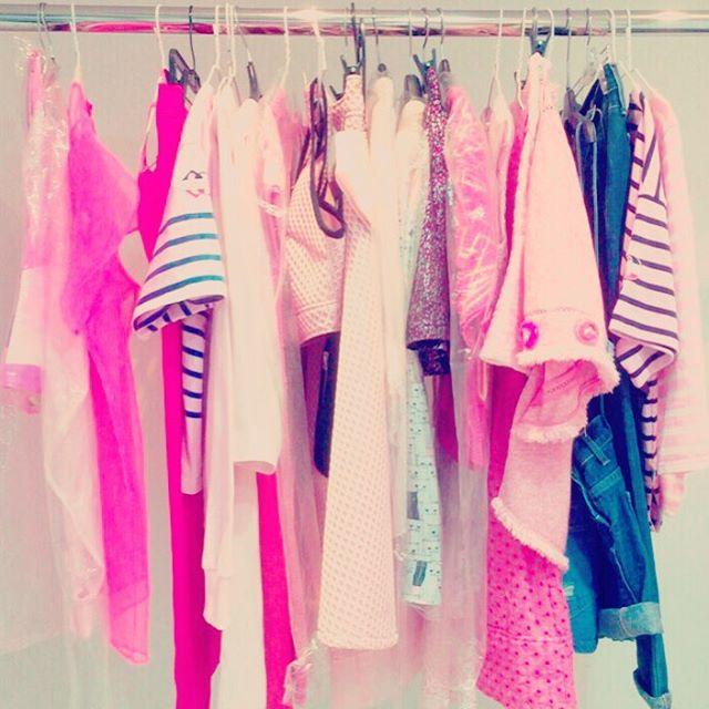 相信蒂芬妮的衣櫥應該是長這樣!Tiffany~粉紅控非你莫屬啊~