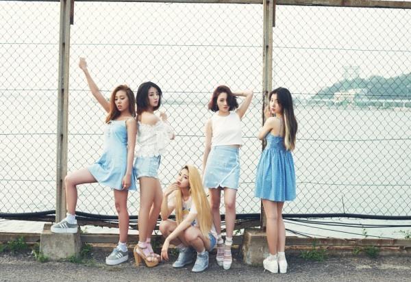 不知道大家是否還記得這五位女孩,2013年3月7日發布首張迷你專輯,並在當天於M! Countdown正式出道