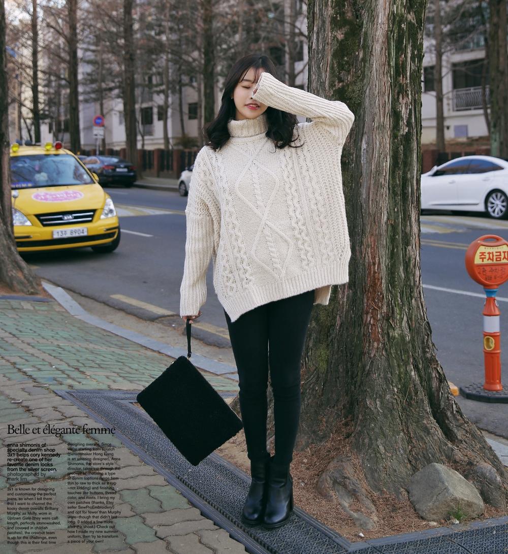 高領的毛衣這個冬季絕對要購買!長版&寬鬆效果更是加分的元素!