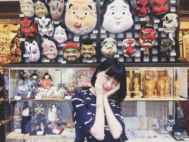 好啦~該好好介紹一下這位日本模特兒給大家囉!她的名字叫邢鹿~