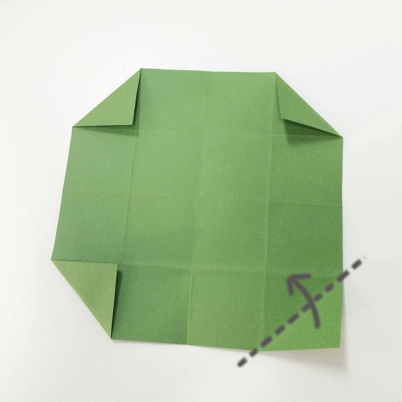 3. 四角折疊成三角形!