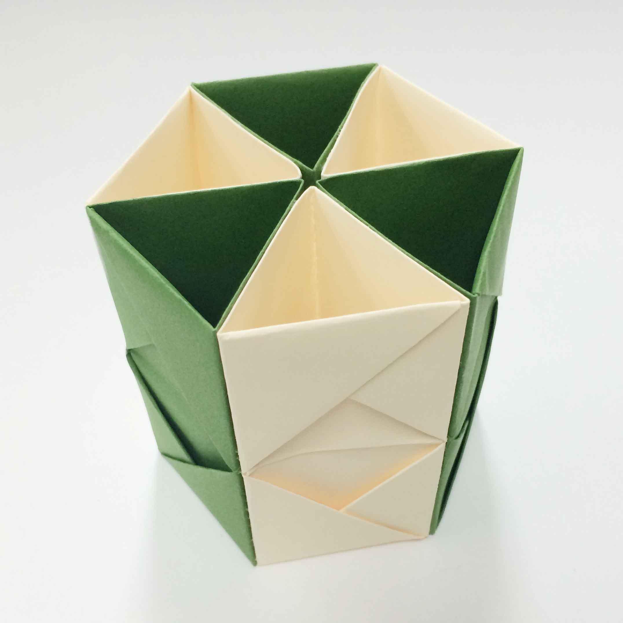 六個全部連接起來的樣子,,,六角形完成!!