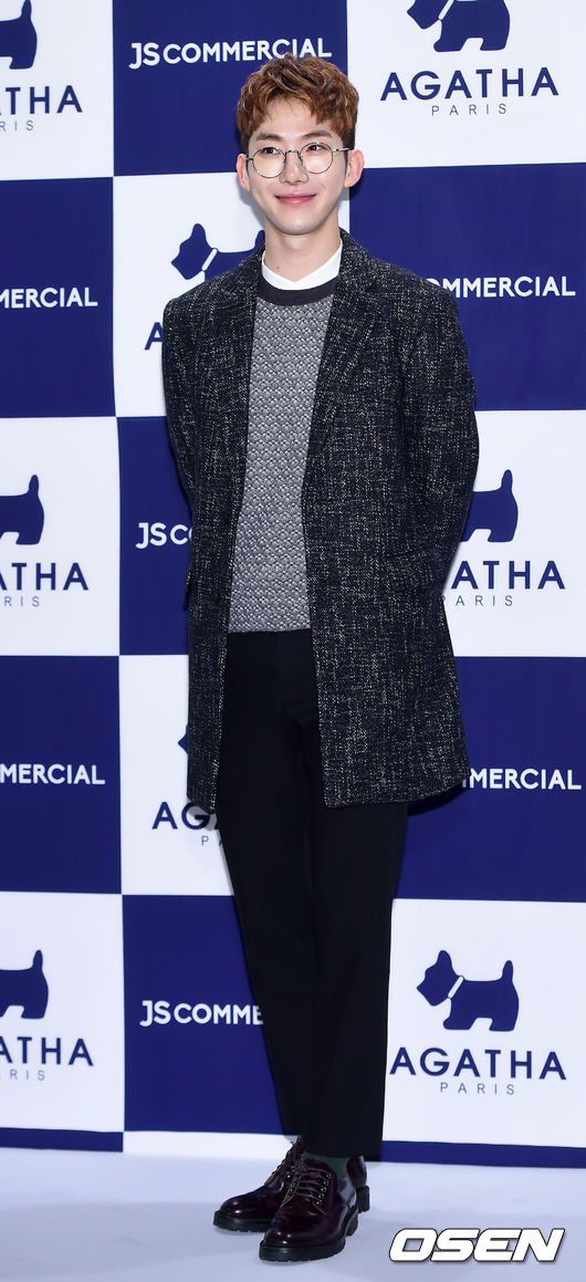 ♥ 2AM :: 趙權  美聲團體 2AM 的隊長「趙權」,經歷了長達 8 年的練習生生活,不管是在綜藝還是唱歌技巧上,都很受歡迎。