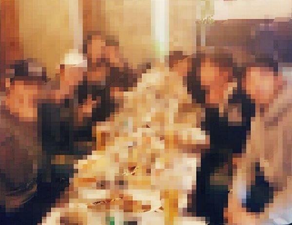 一個禮拜前,李準基公開的照片! 並配圖文字為Comming soon .... 演員聚會真的讓人好心動