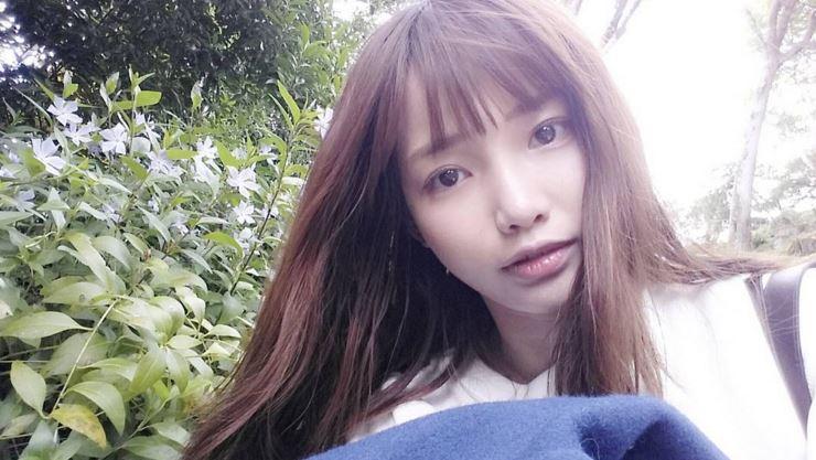 眼尖的韓國網友…在夏沇秀的instagram上發現了蛛絲馬跡…也就是她意外的好身材