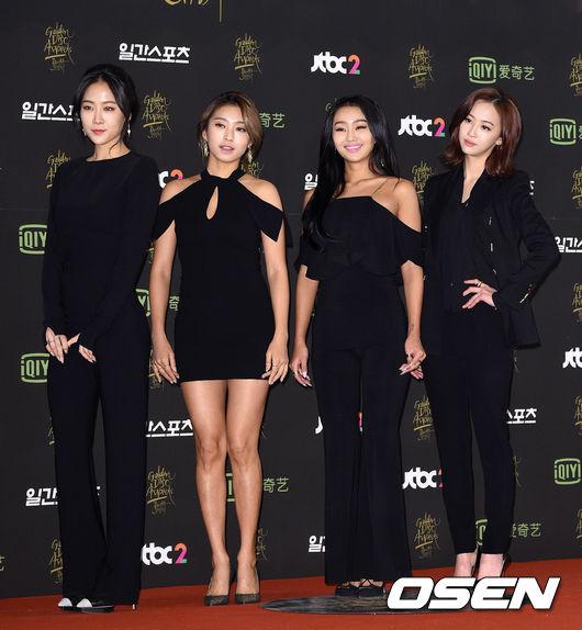 ♥ TOP 3 :: SISTAR  SISTA 是由 STARSHIP 娛樂所推出的四人女團,於 2010 年正式出道。
