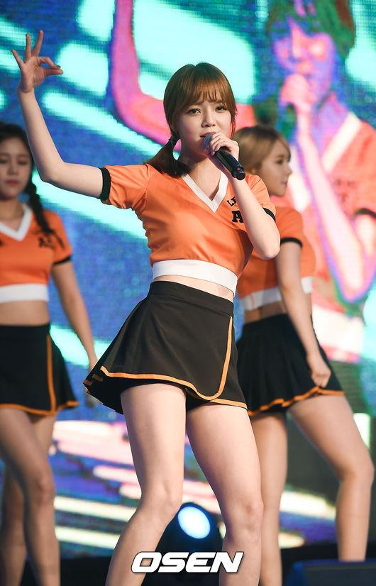 ♥ AOA 智珉  160 cm / 45 kg