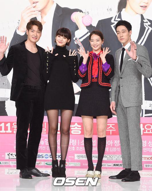 柳仁英啦!韓國網友說看了她出演的電影《辣手警探》和戲劇《Oh My Venus》後,覺得她不僅有臉蛋和身材,連演技也都很好。