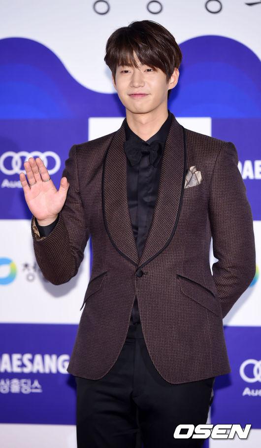 啊!另外~美男演員宋再臨也有出演呦!這一部預計在3月16日於韓國撥出~
