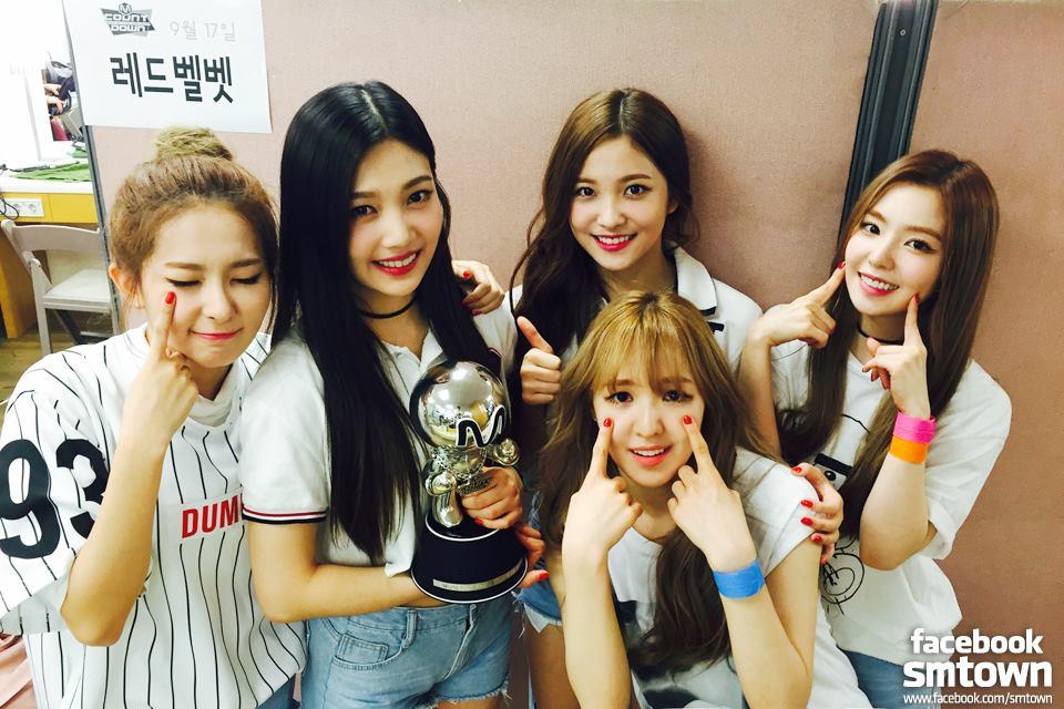 這樣 Red Velvet 是不是也會被問為什麼沒有 Blue Velvet、Black Velvet、White Velvet、Orange Velvet~