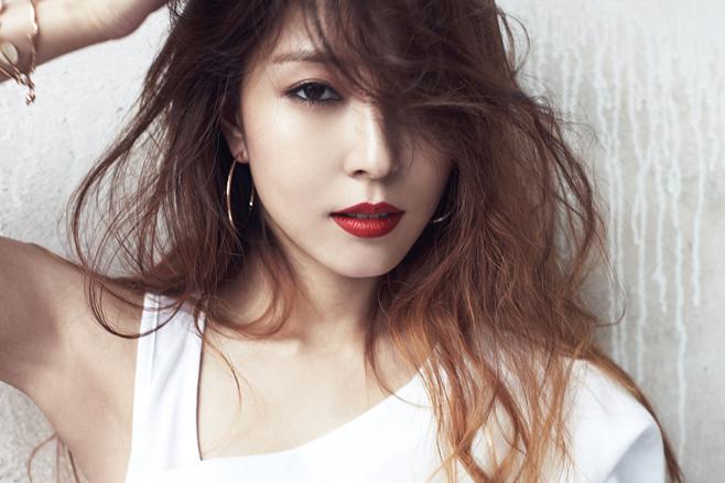 ♡ 甜蜜嗓音擁有者 1 號:BoA  第一位被點名的就是天生歌姬 BoA,小小年紀就出道的她,不管是舞台魅力還是穩定度都是女神級的代表。