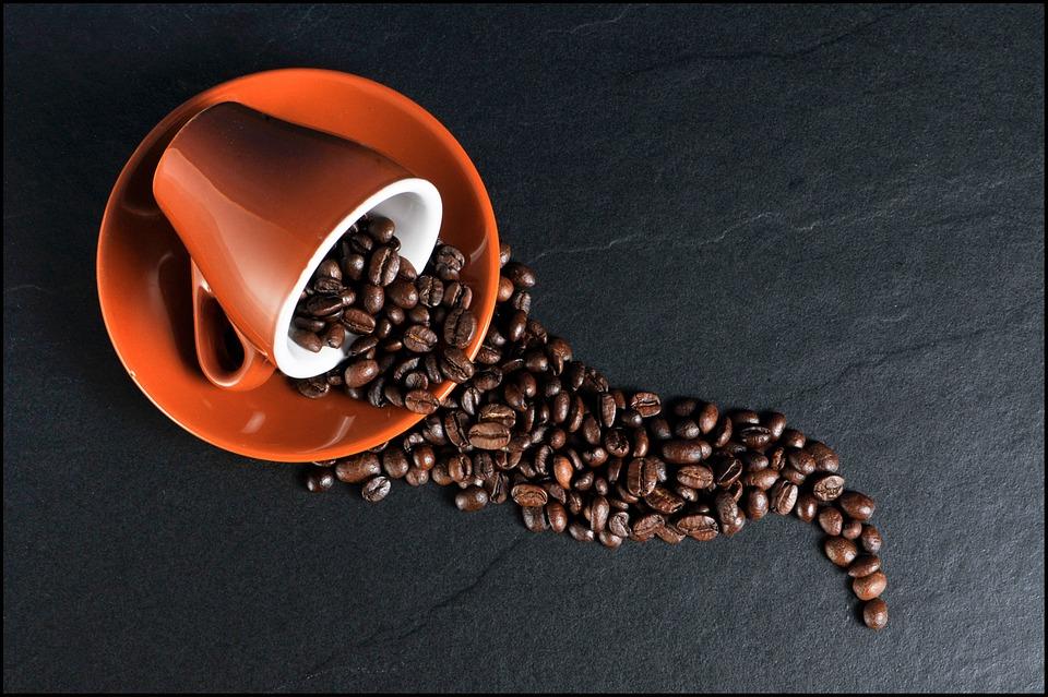 但是按照咖啡的種類和量,對肝臟的保護效能不同,還需要進一步的研究.. (適當的喝一點最好吧?)