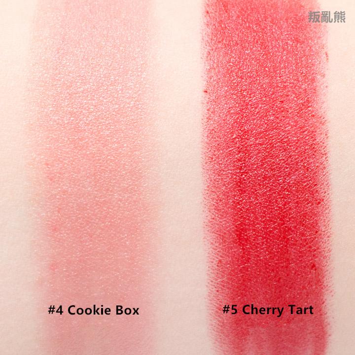 Cookie Box非常淺的淡粉色,因為是淺色的關係,所以比較容易會有卡唇紋的狀況