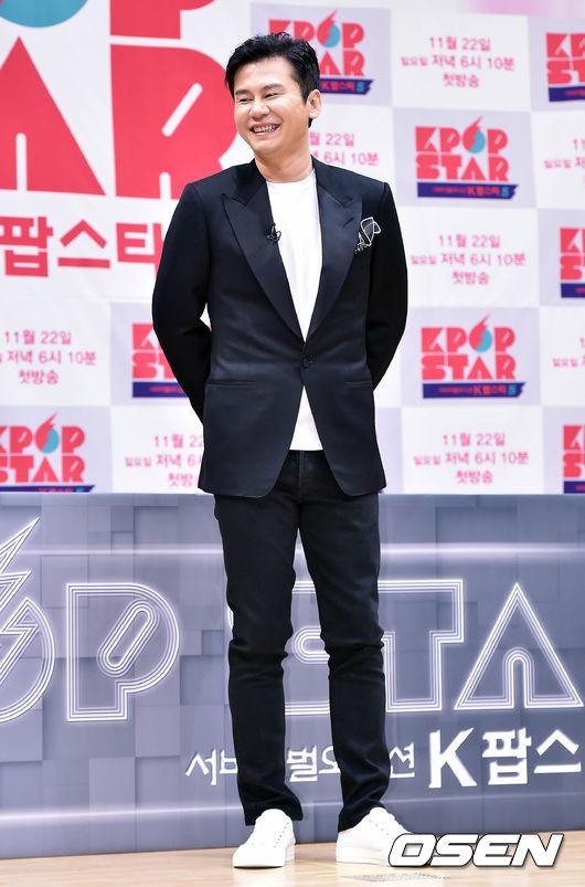 但就在剛剛 YG 娛樂社長梁鉉錫表示,四月將會有另外一組藝人回歸。