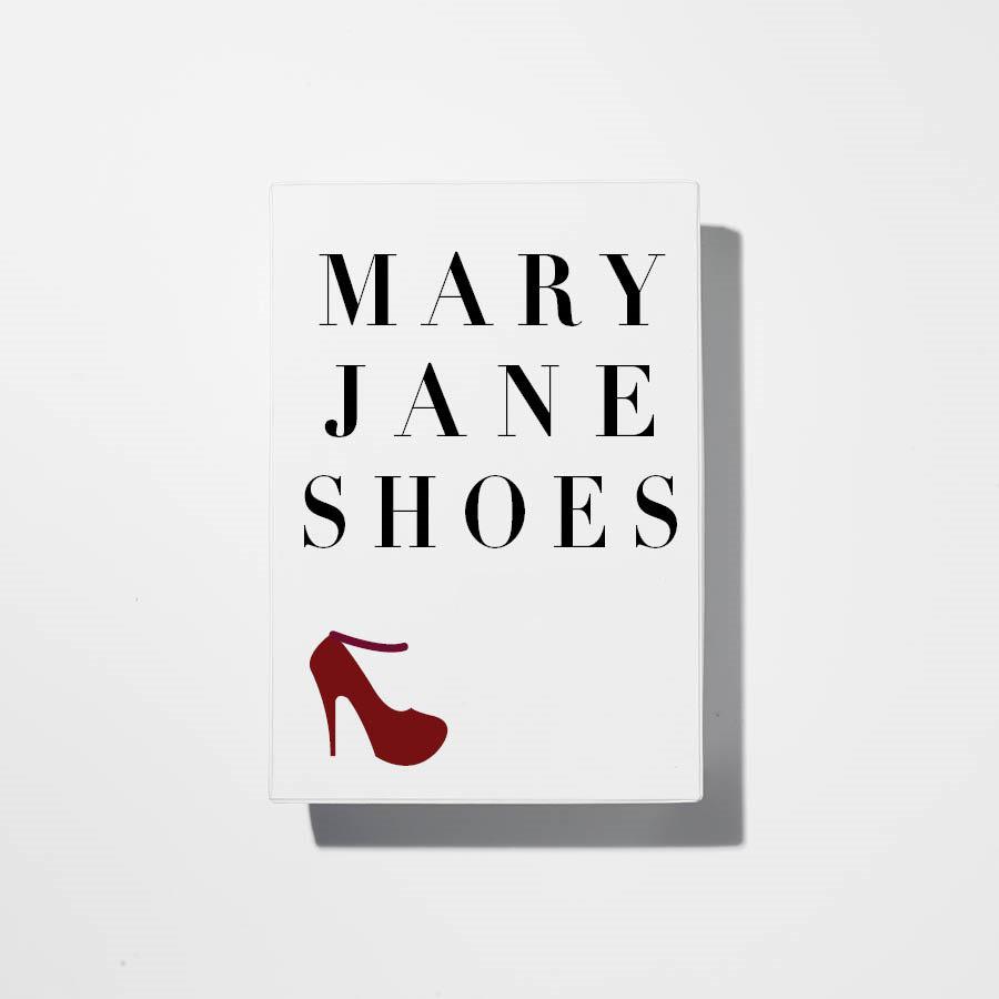 Mary Jane Shoes 在展現有女人味的同時,也帶給人機靈俏皮的感覺~在本次的系列中相較高跟鞋,低跟鞋出現的頻率更多!