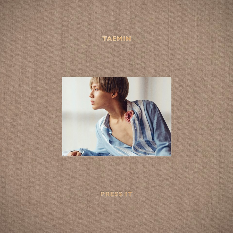 ✿ TOP 1 :: SHINee 泰民《Press It》  在今年 2 月 23 日發行首張 SOLO 專輯的泰民,不光是 MV 點擊率很高,銷量、音源都是榜上有名的作品。