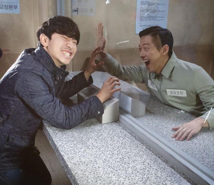 今天小編要介紹的是南宮珉啦( ♥д♥) 去年在SBS戲劇《Remember》中,展現了完美的反派演技,最近在演藝圈的活動也相當活躍。