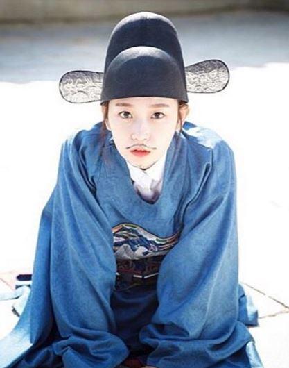 大家有發現最近韓國多了很多的「網路劇」嗎?網路劇不僅集數少,一集播出的時間也比較短(約10~20幾分鐘),對於沒什麼時間看劇的人方便了許多!