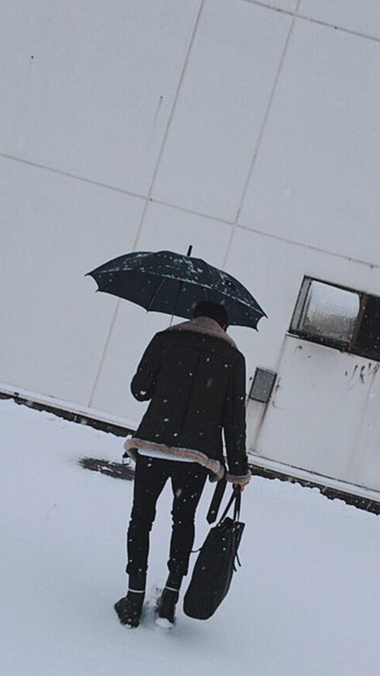 以及下著雪的那天...