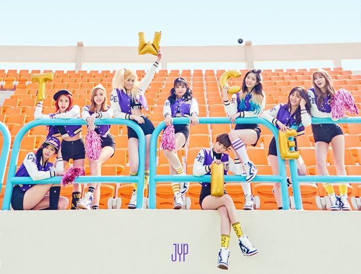 第一組被網友點名的新人女團就是...話題十足的「TWICE」,準備在 4 月 25 日回歸的她們,說到舞蹈擔當大家會想到誰呢?