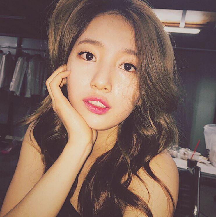 想必大家都知道秀智和雪炫是廣告商非常喜愛的兩位韓國女星,她們所拍的廣告替組合增加了不少數量…